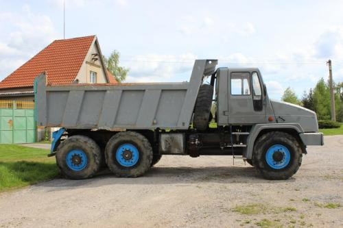 Tatra 162 27