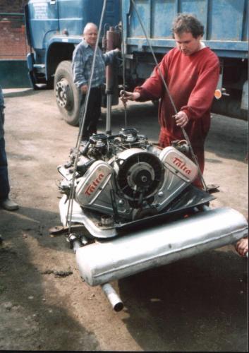 Tatra 613 12